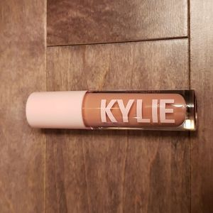 New Kylie gloss in Diva.